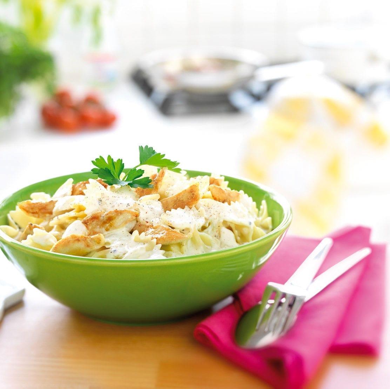 Pasta met kip en groenten en Bressot Kruiden