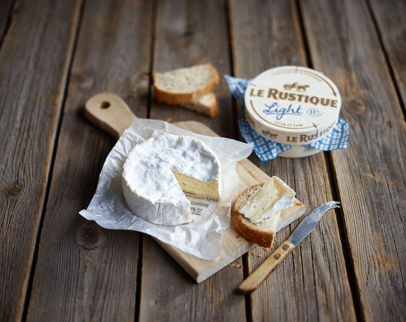 Camembert Le Rustique® Light met basilicum, knoflook en